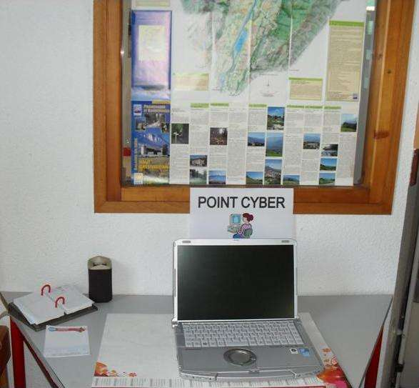 point-cyber-405